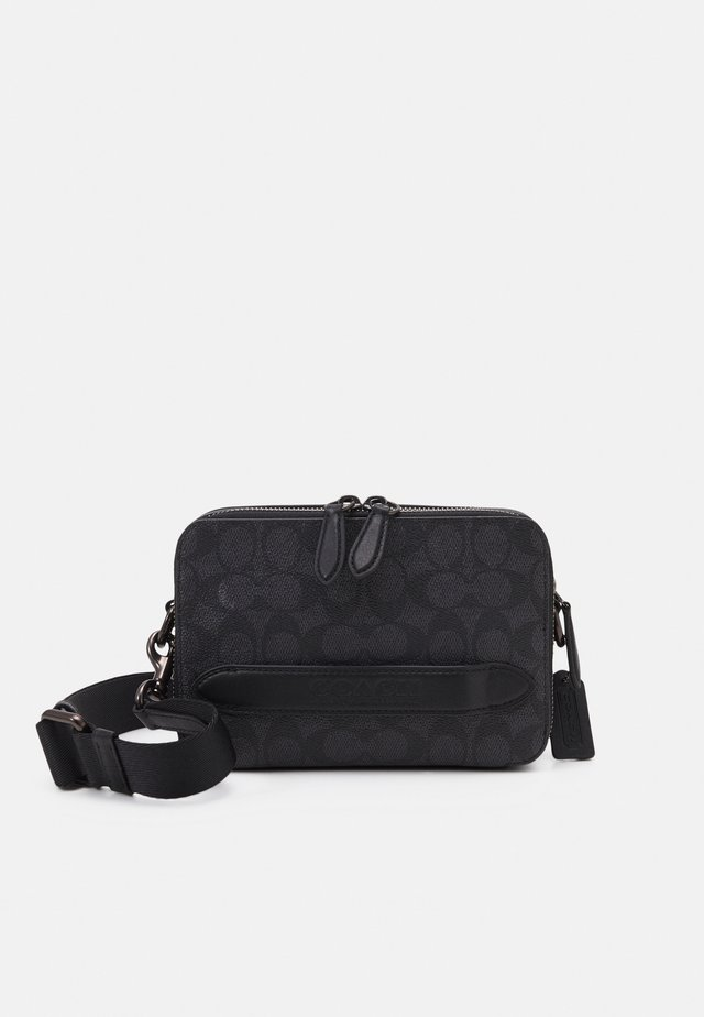 CHARTER CROSSBODY IN SIGNATURE - Sac bandoulière - charcoal