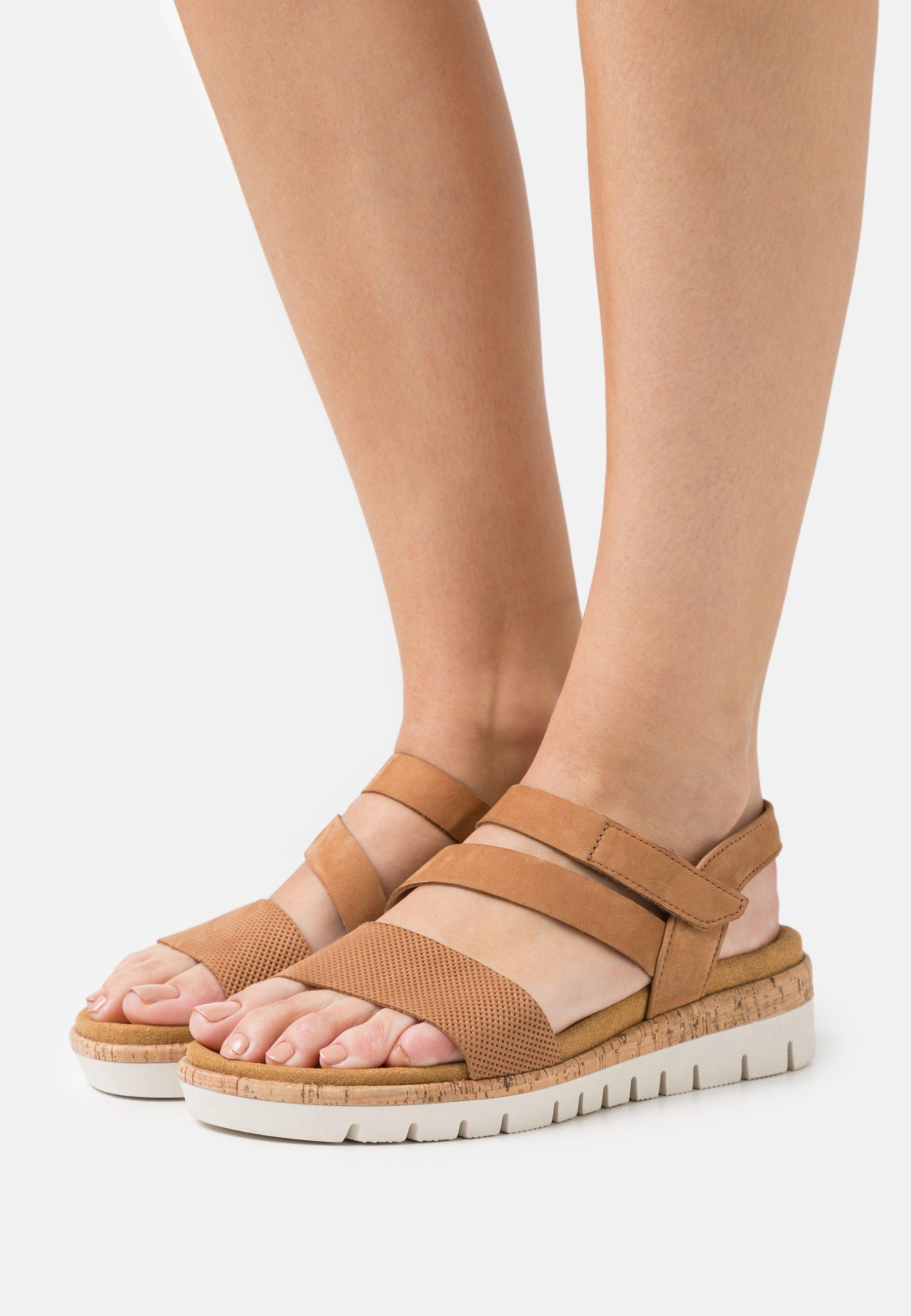 Women Wedge sandals - cognac