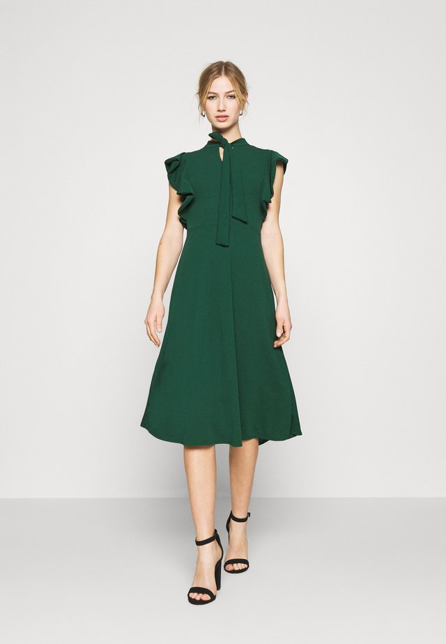 RUFFLE SLEEVE DRESS - Sukienka koktajlowa - forest green