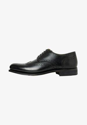 LEVET - Smart lace-ups - black