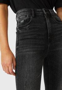 Stradivarius - Jeans Skinny Fit - black denim - 3