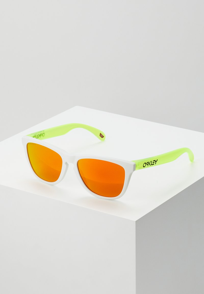 Oakley - FROGSKINS - Sunglasses - white