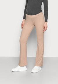 Pieces Maternity - PCMPAM FLARED PANT - Trousers - warm taupe - 0