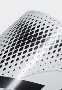 adidas Performance - PREDATOR - Schienbeinschoner - white - 3