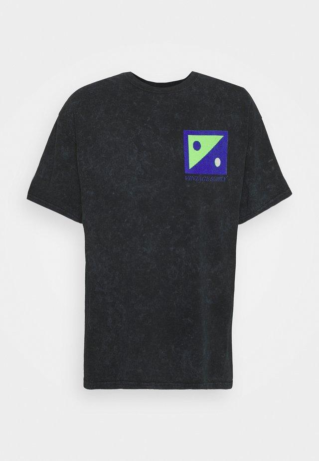 TECHNOMANIA PRINT TEE - T-shirt z nadrukiem - black