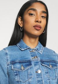 ONLY - ONLERICA JACKET LIFE - Jeansjakke - light medium blue denim - 3