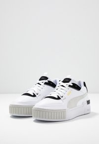 Puma - CALI SPORT MIX - Matalavartiset tennarit - white/black - 4