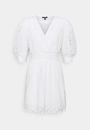 V NECK DRESS - Kjole - white