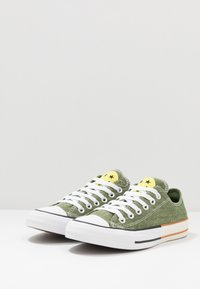 Converse - CHUCK TAYLOR ALL STAR - Trainers - cypress green/zinc yellow - 2
