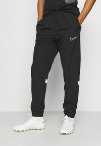 Nike Performance - PANT - Pantalon de survêtement - black/white - 0