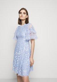 Needle & Thread - AURELIA MINI DRESS - Cocktail dress / Party dress - wedgewood blue - 0