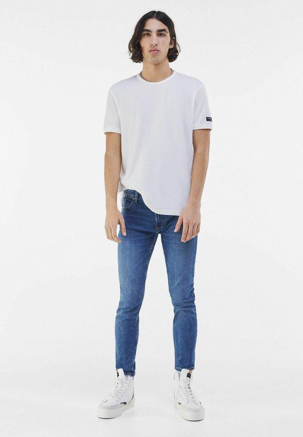 Bershka Jeansy Skinny Fit - dark blue/granatowy Odzież Męska WLWK