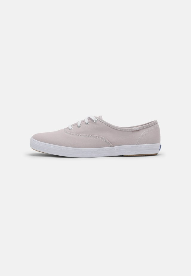 CHAMPION  - Sneakers laag - mauve