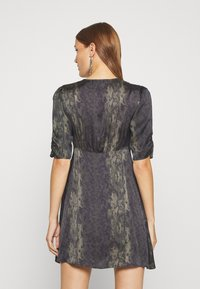 AllSaints - KOTA MASALA DRESS - Hverdagskjoler - forest green - 2