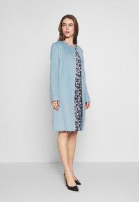 Lauren Ralph Lauren - DOUBLE FACE BELTED  - Mantel - light blue - 1