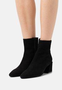 Furla - BLOCK BOOT  - Classic ankle boots - nero - 0