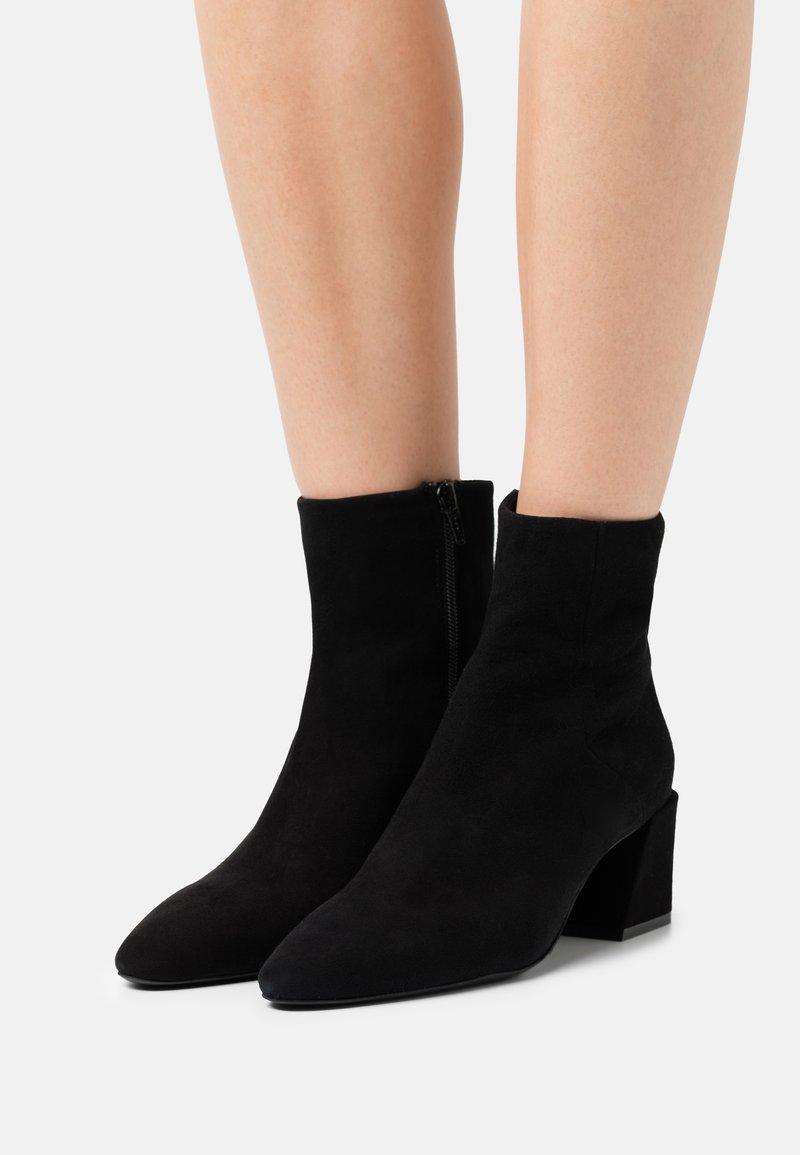Furla - BLOCK BOOT  - Classic ankle boots - nero