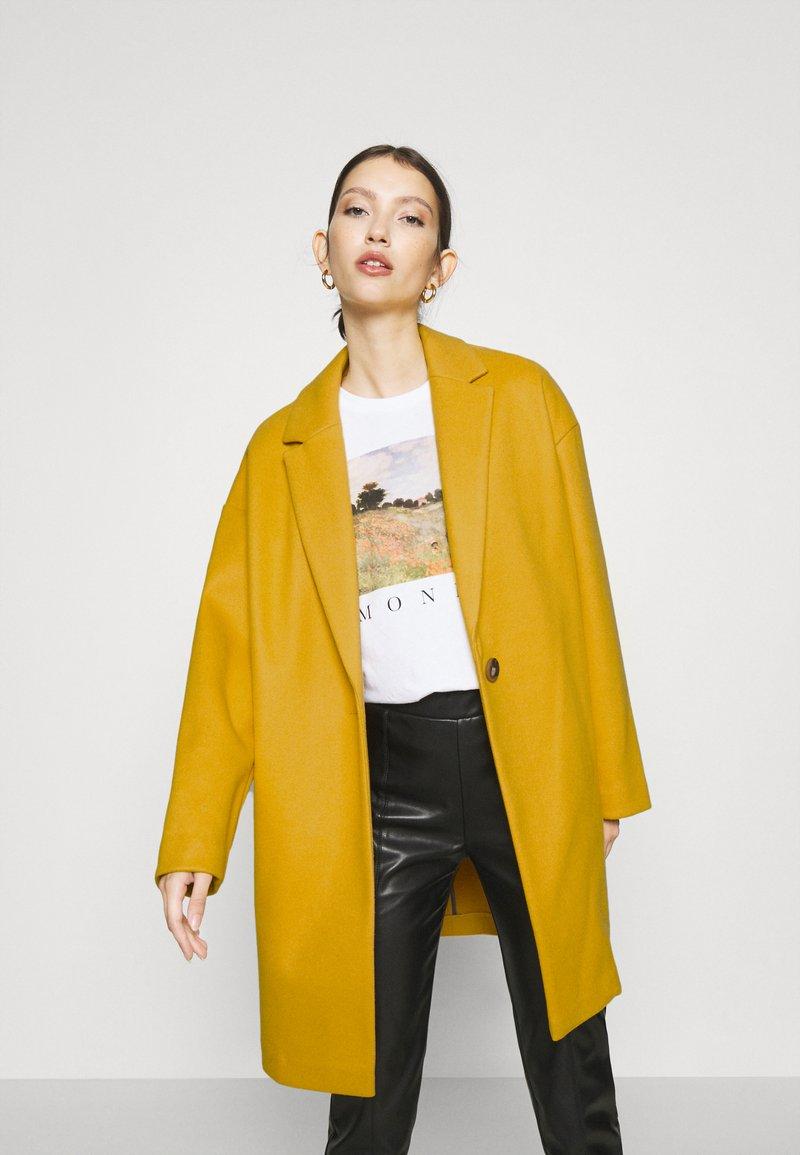 Topshop - Classic coat - mustard