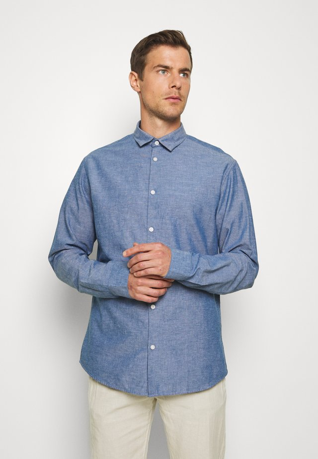 REGULAR FIT - Skjorte - medium blue melange