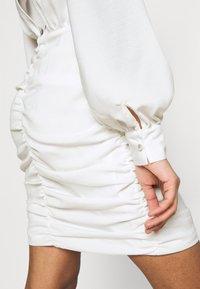 Nly by Nelly - OPEN BACK RUCHE DRESS - Vestido de cóctel - offwhite - 5