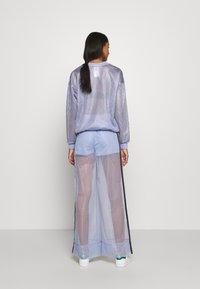 adidas Originals - SPORTS INSPIRED JOGGER PANTS - Teplákové kalhoty - chalk blue - 2