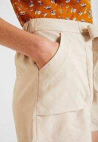 Springfield - GYM - Shorts - beige - 4