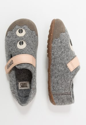 KIDS - Slippers - grey