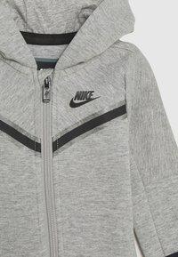 Nike Sportswear - TECH COVERALL - Jumpsuit - dark grey heather - 2