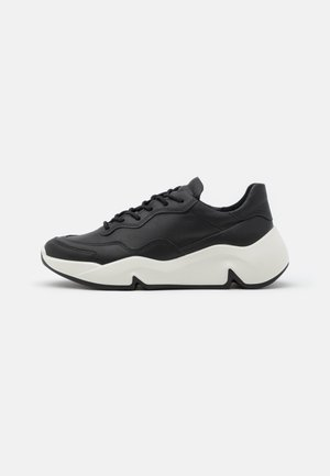 CHUNKY  - Sneakers basse - black