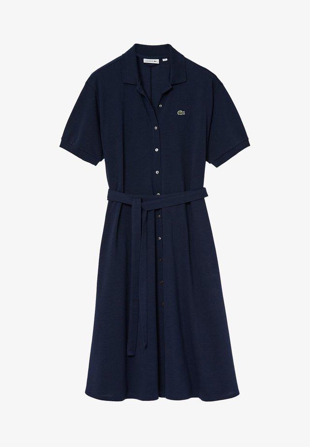 LACOSTE - DAMEN KLEID - Sukienka koszulowa - blue