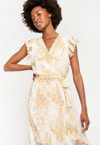 LolaLiza - Day dress - yellow - 3