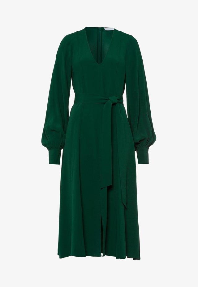 DIONNE - Korte jurk - bayberry green