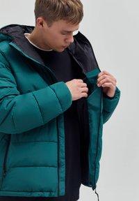 PULL&BEAR - Winter jacket - dark green - 3