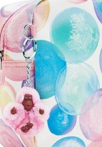 Kipling - LOUNAS - Lunch box - bubbly rose - 4