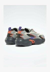 Reebok Classic - MOBIUS_R DMX FOAM SHOES - Sneakersy niskie - grey - 0