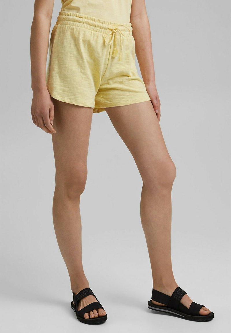 edc by Esprit - Shorts - light yellow