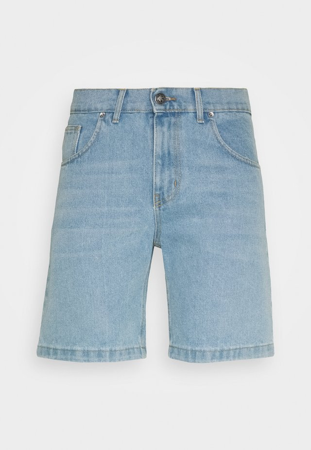 BAGGY  - Shorts di jeans - blue