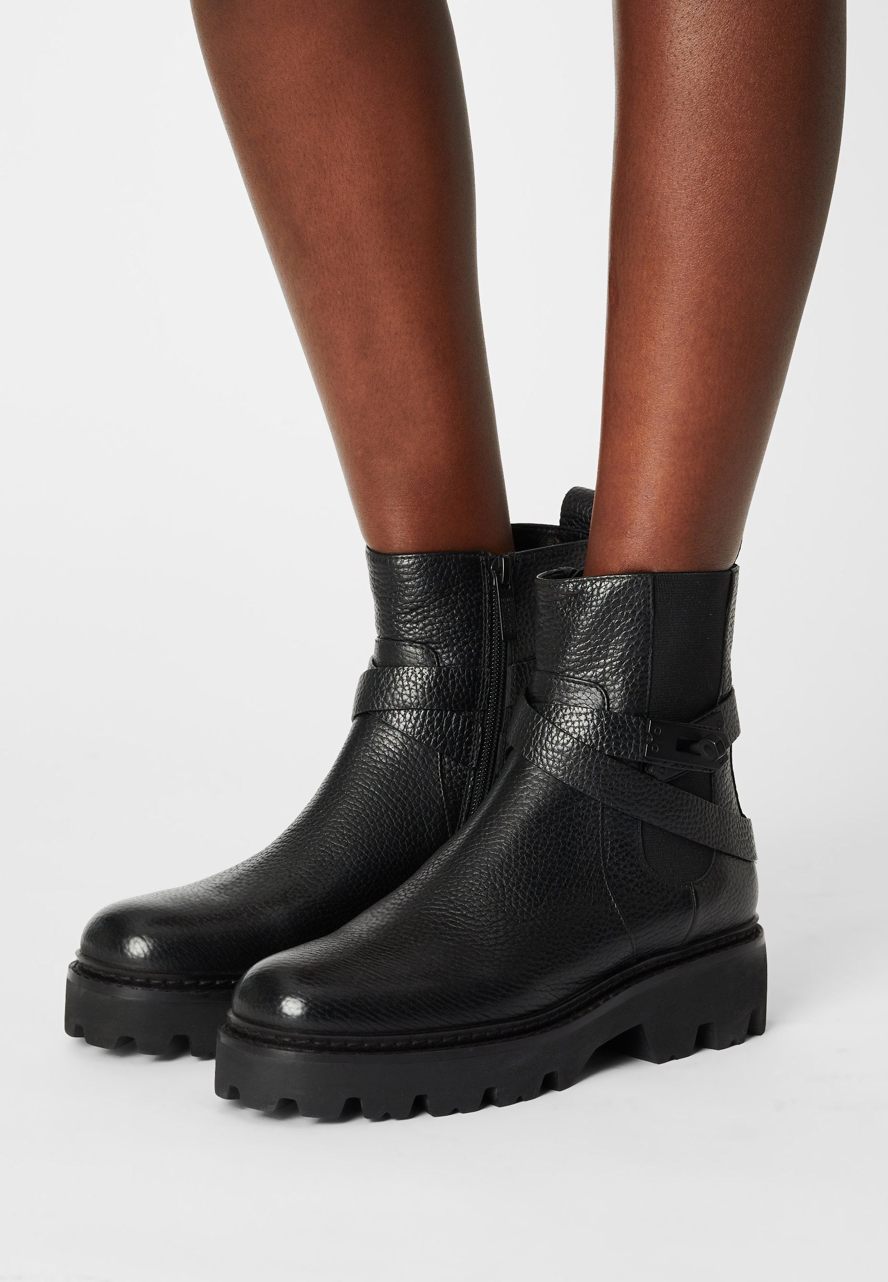 Women MONTGOMERY STREET - Platform ankle boots
