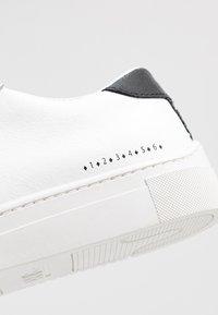 HUB - HOOK BRANDED - Sneakers - white/black dust - 2