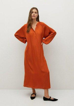 JURK - Vestido largo - oranjebruin