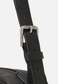 Polo Ralph Lauren - SMOOTH CROSSBODY UNISEX - Across body bag - black - 4