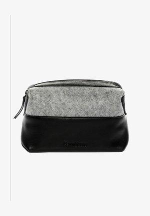 OSLO - Wash bag - schwarz