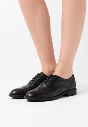 JAYLON - Zapatos de vestir - black