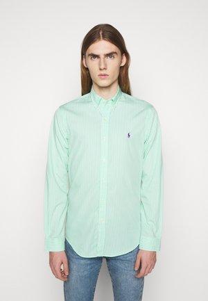 NATURAL - Shirt - lime/white