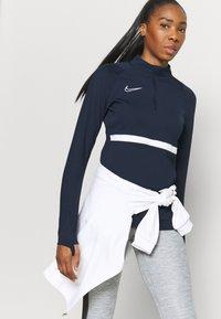 Nike Performance - DRY ACADEMY  - Sweatshirt - obsidian/white - 4