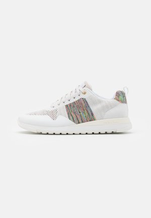 EXCLUSIVE RAPID - Trainers - white