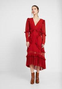 Thurley - PLUM DRESS - Suknia balowa - dried chilli - 0