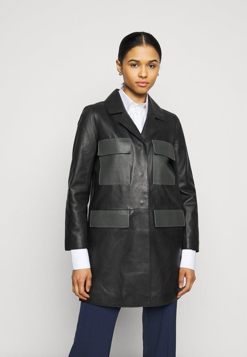 STUDIO ID - PAULINE CONTRAST POCKET COAT - Kožená bunda - black