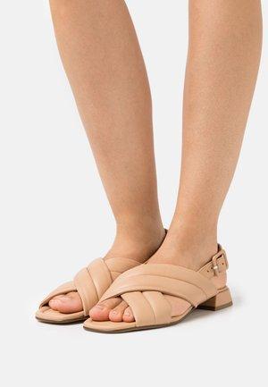 FEELING - Sandaalit nilkkaremmillä - sahara