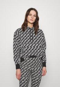 Calvin Klein Jeans - LOGO HOODIE - Hoodie - black/white - 0